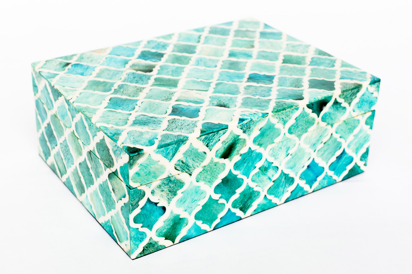 Boombox Gifts – Turquoise Moroccan Tile – Closed