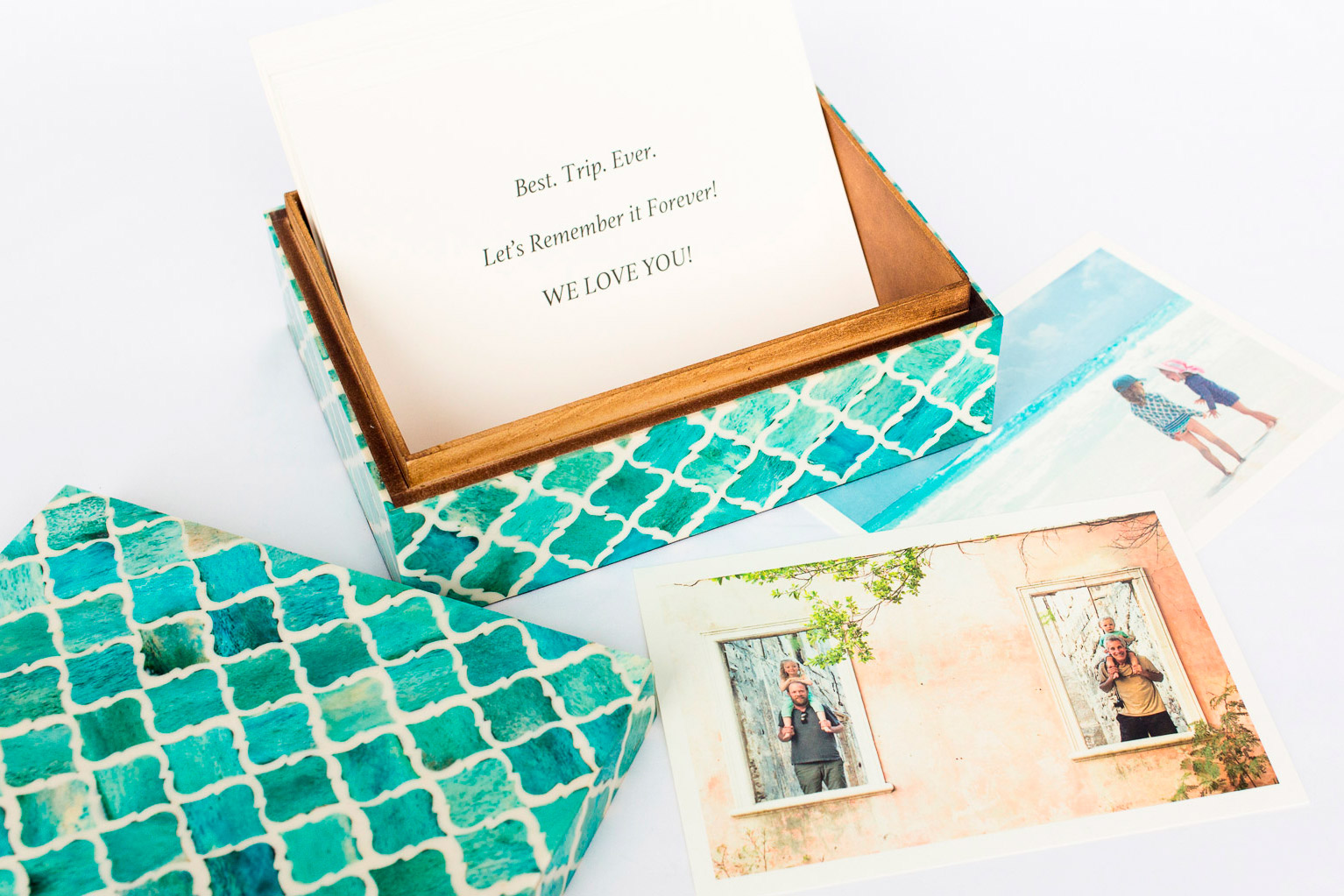 Boombox Gifts – Turquoise Moroccan Tile – Open