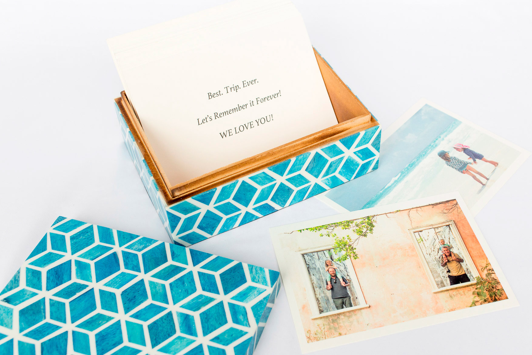 Boombox Gifts – Turquoise Tile – Open